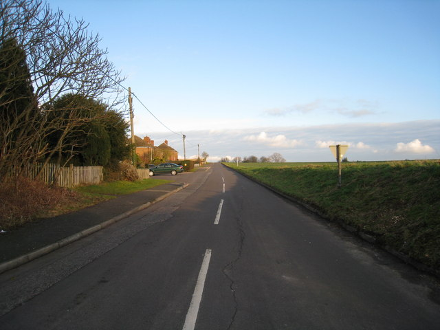 Winter sun on Station Road