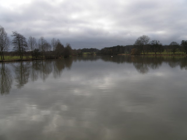 The lake at Deene Park