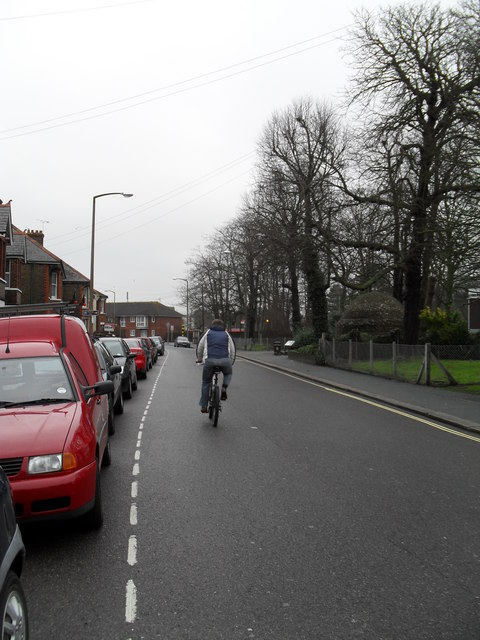 Cyclist in London Road