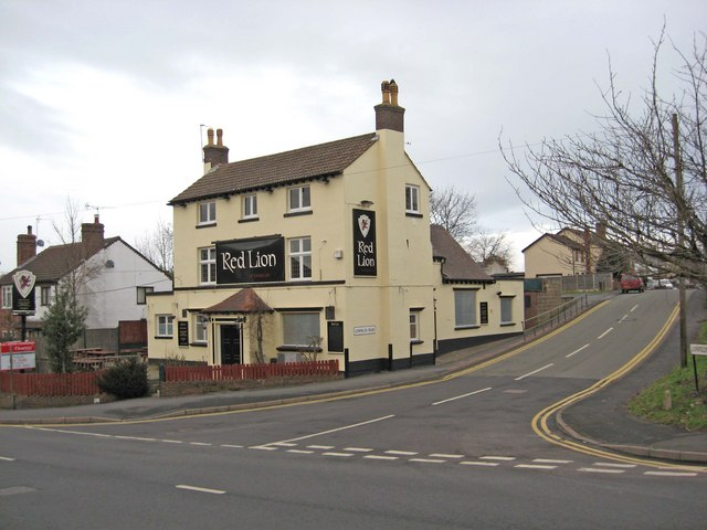 The Red Lion, 70 Castle Road
