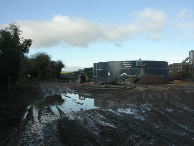Boulsbury, slurry tanks