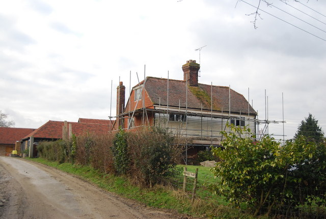 Renovating a weatherboarded cottage, Elm Hill Farm
