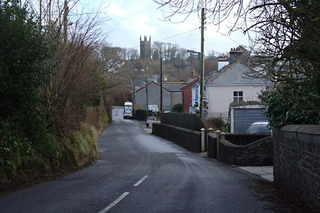 Approaching Holsworthy on Trewyn Road