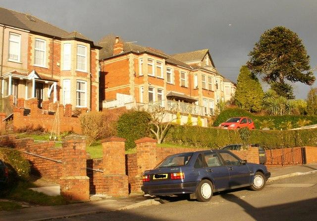 Gibbs Road east from Carey Road, Beechwood