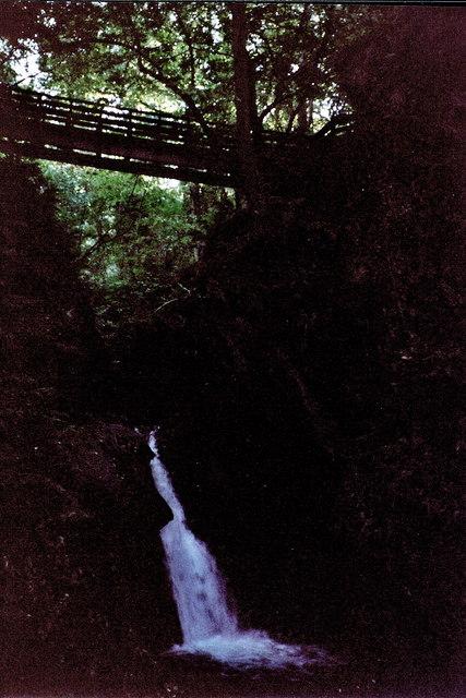 Glen Maye - Footbridge and waterfall