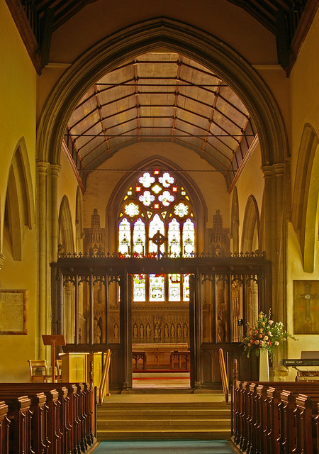 St Mary's Church, Reigate - the nave