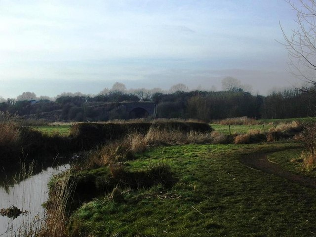Avon riverbank and former GCR