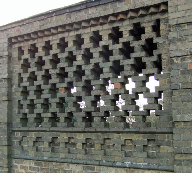 Reticulated Brickwork on Listed Barn, Great Limber