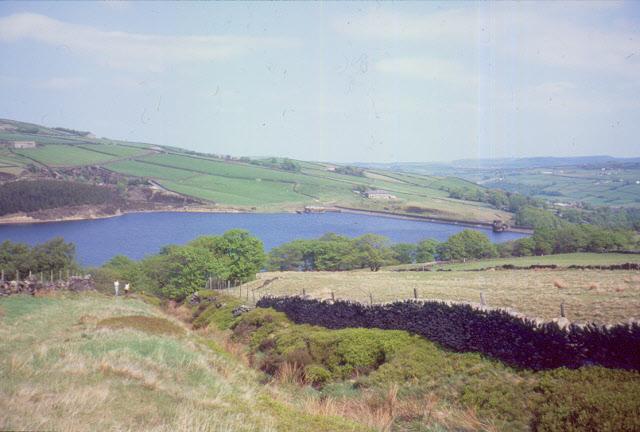 Green lane above Digley reservoir