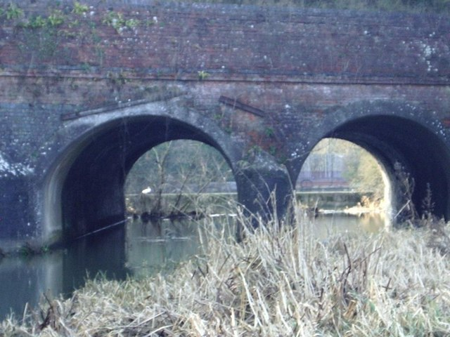 Oxford Canal Viaduct and River Avon beneath