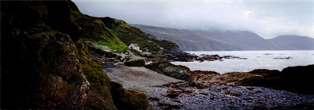 Niarbyl Bay and fisherman's thatched cottage