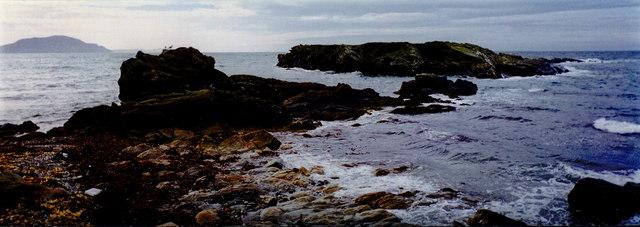 Niarbyl Bay - View is to southwest to Irish Sea