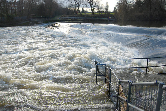 Weir on the River Severn, Shrewsbury
