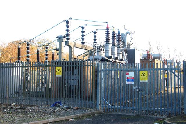Electricity sub-station near Tesco supermarket, Emscote Road