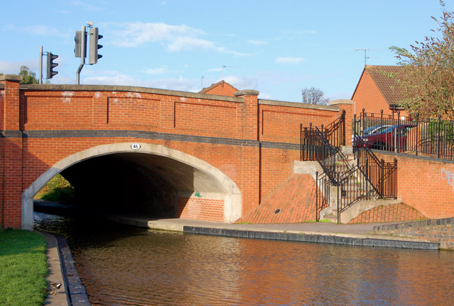 Emscote Road Bridge (number 46), Grand Union Canal