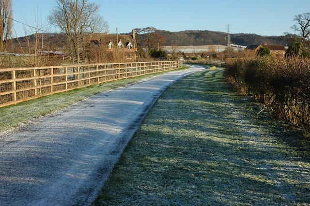 Road to Little Washbourne Farm