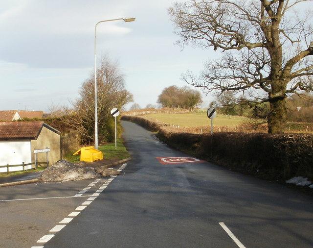 Junction of Jerusalem Lane and Chester Close, New Inn