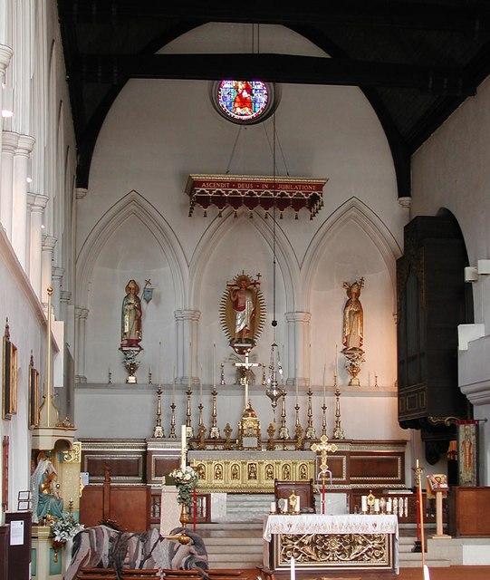 St Augustine, Archway Road, Highgate, London N6 - Chancel