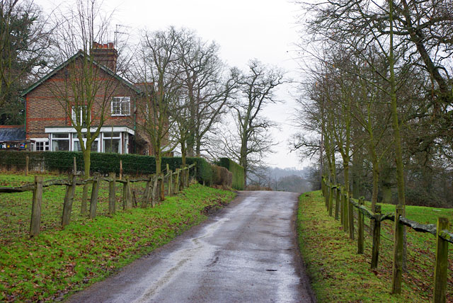 Cottages on drive to South Park Farm