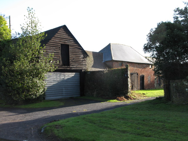 Buildings on Manor Farm, Court-at-Street
