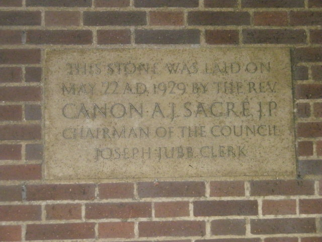 Commemorative stone on Bognor Town Hall (2)