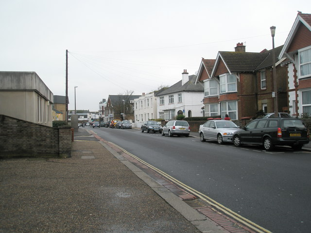 A dull January morning in Belmont Road