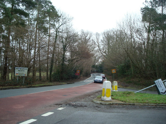 Balcombe Road, junction with Hanlye Lane, Haywards Heath
