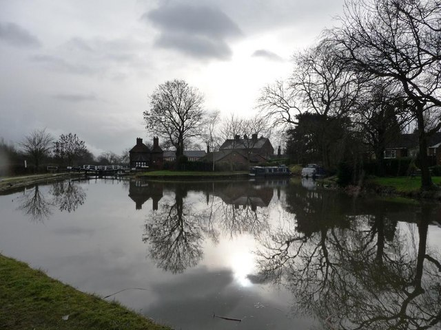 Reflections above Sandiacre Lock