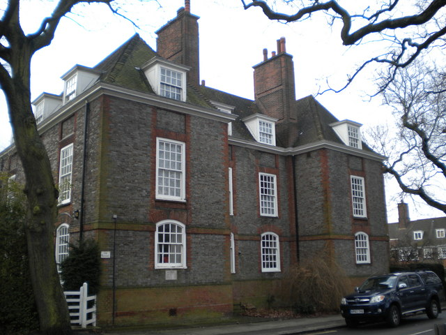The Manse, North Square NW11