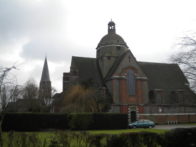 Hampstead Garden Suburb churches, North Square NW11