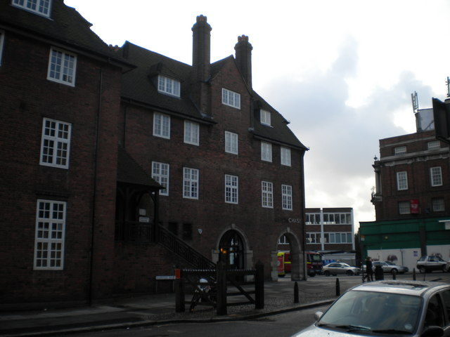 Arcadia House, Hampstead Way NW11
