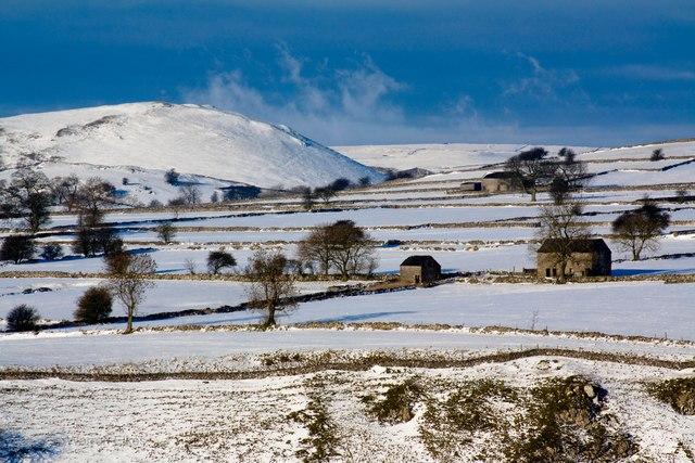 Snow near Alsop en le Dale