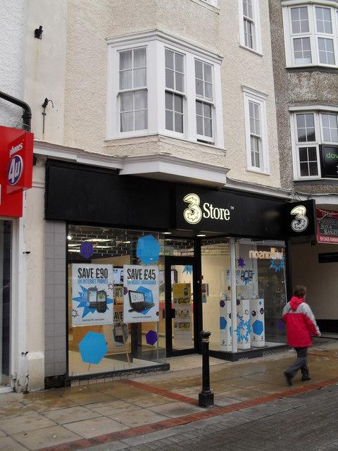 3 store in London Road