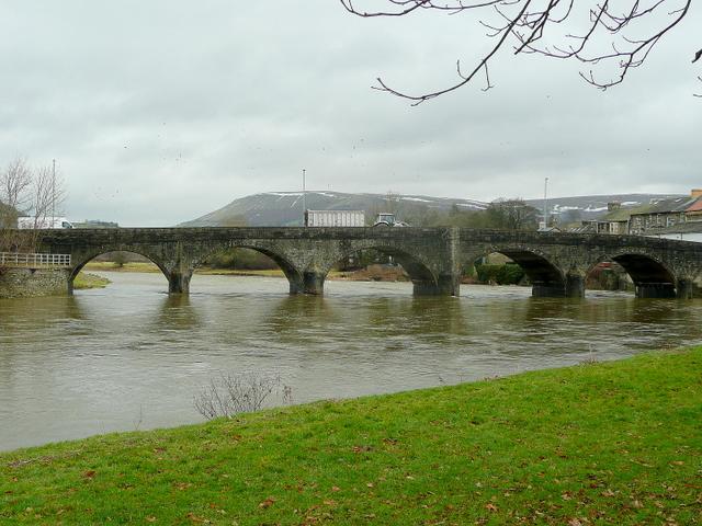 Wye bridge at Builth Wells