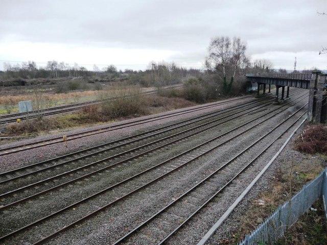 Railway lines with disused overbridge, from footbridge