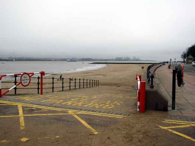 Slipway to New Brighton beach
