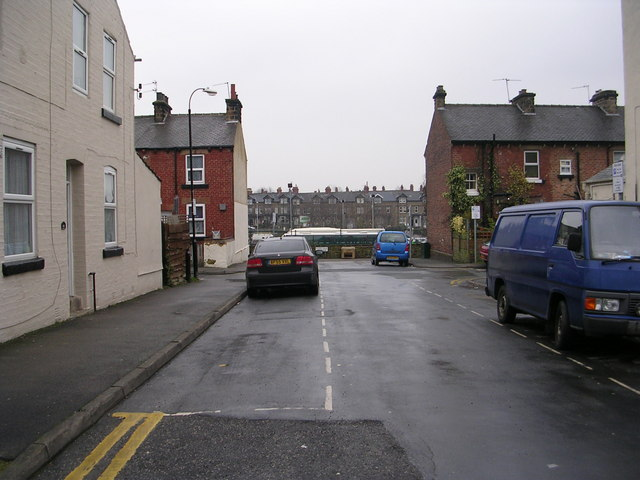 Mayfield Place - Mayfield Grove