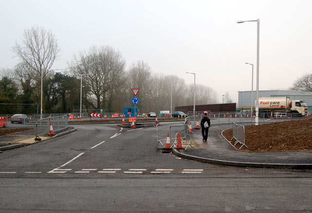 New access road and roundabout, Newbold Road