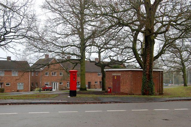 Postbox, Yates Avenue, Rugby