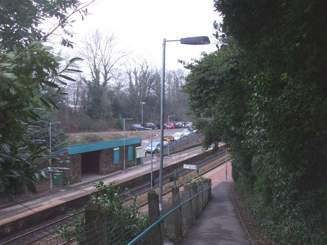 The footpath down to Llanishen Station