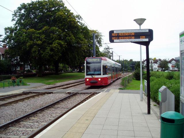 Croydon:  Lloyd Park tram stop
