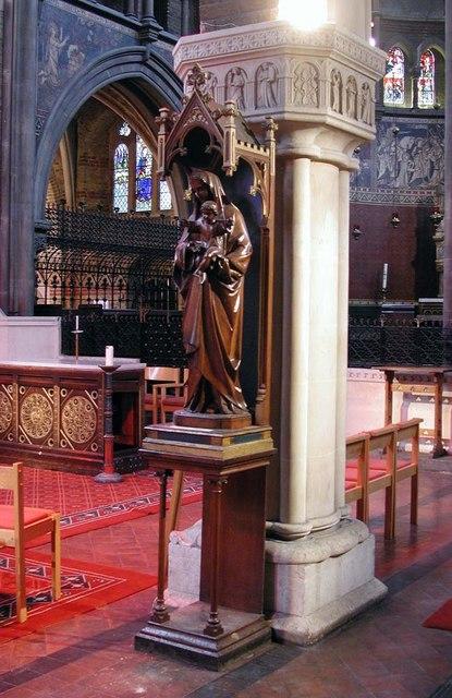 St Peter, Kennington Lane, London SE11 - Statue