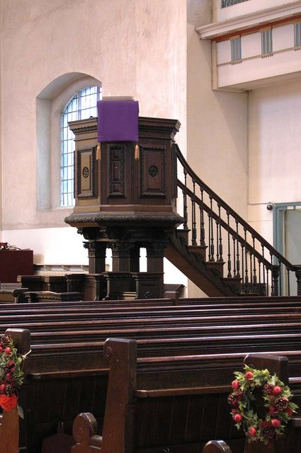 St John at Hackney, Lower Clapton Road, London E8 - Pulpit