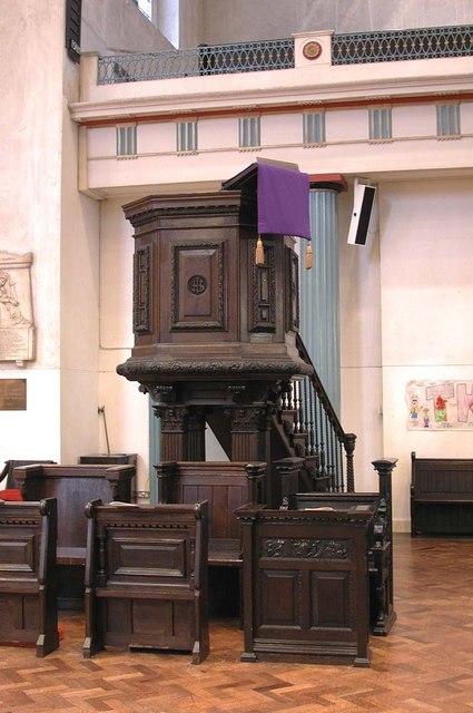 St John at Hackney, Lower Clapton Road, London E8 - Pulpit