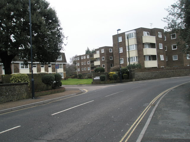 Approaching the junction of High Street and Sudley Gardens