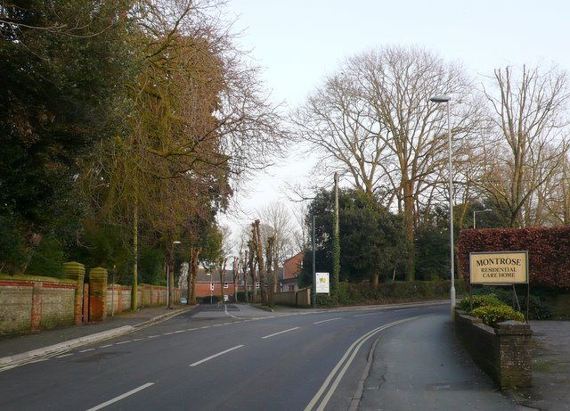 Junction of Prince of Wales Rd and York Rd