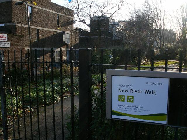 New River Walk - St Paul's Road entrance