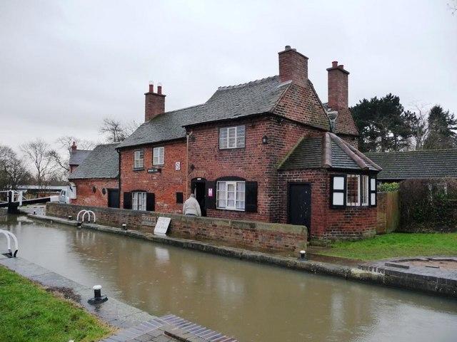 Sandiacre Lock Cottages, the Erewash Canal