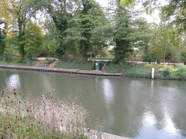 Moorings above Cookham Lock