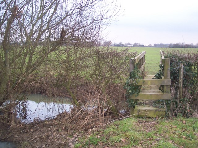 Footbridge over the River Beult in Fleeden Farm